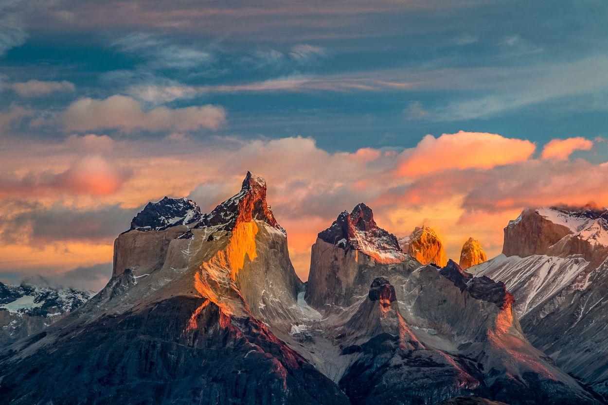 bergrotsen zonsopgang
