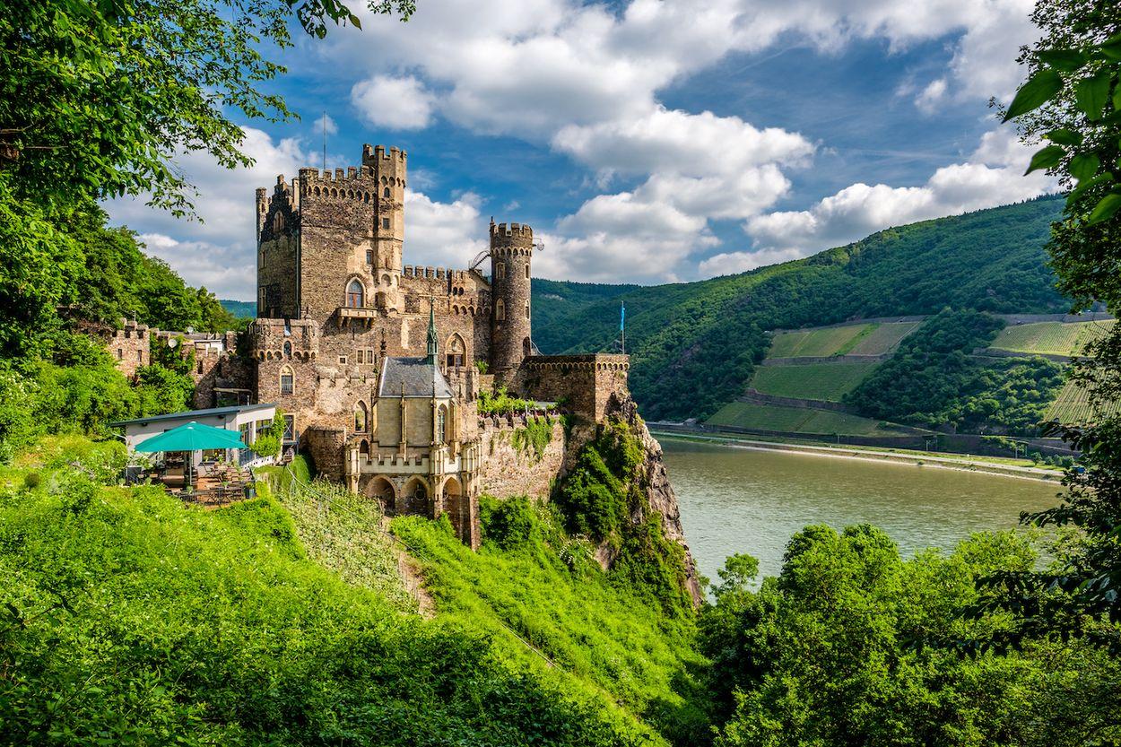 Afbeelding van Passeer kilometerslang UNESCO-landschap bij deze Duitse treinroute