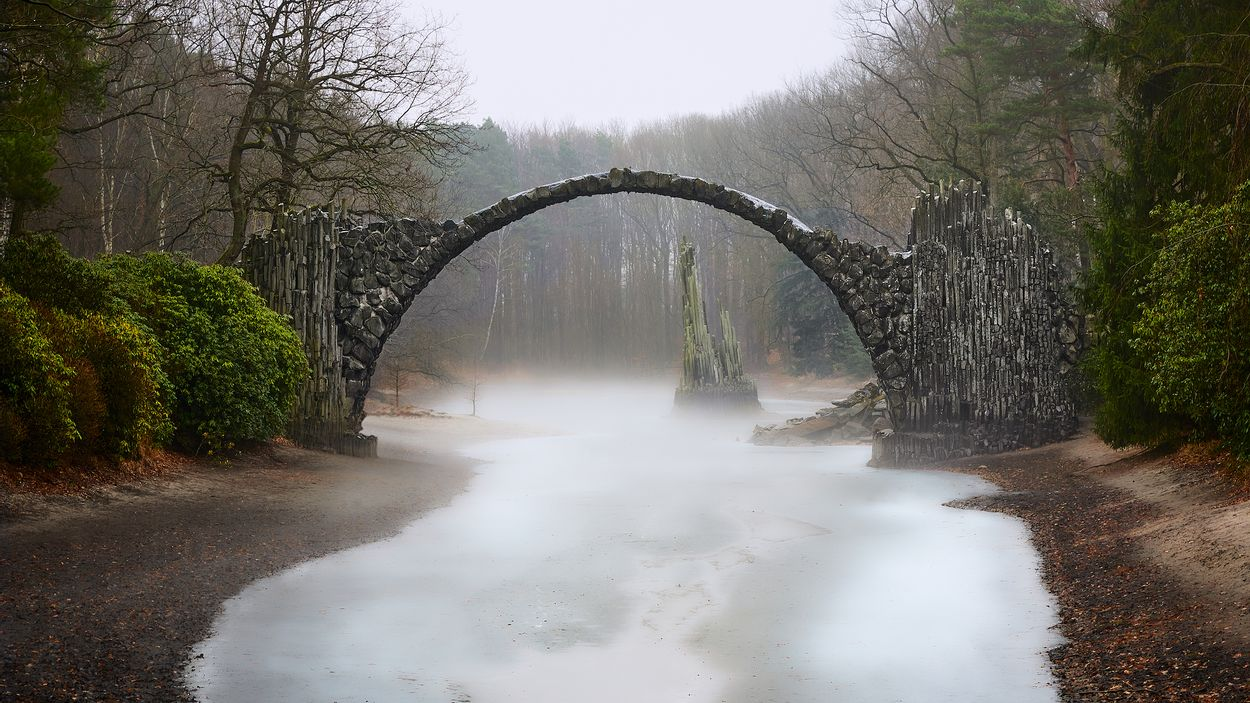 Devil's bridge8 door Double Bind Photography