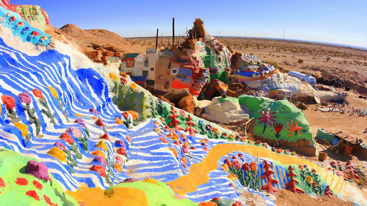 Afbeelding van Deze berg is een kleurenexplosie voor je netvlies!