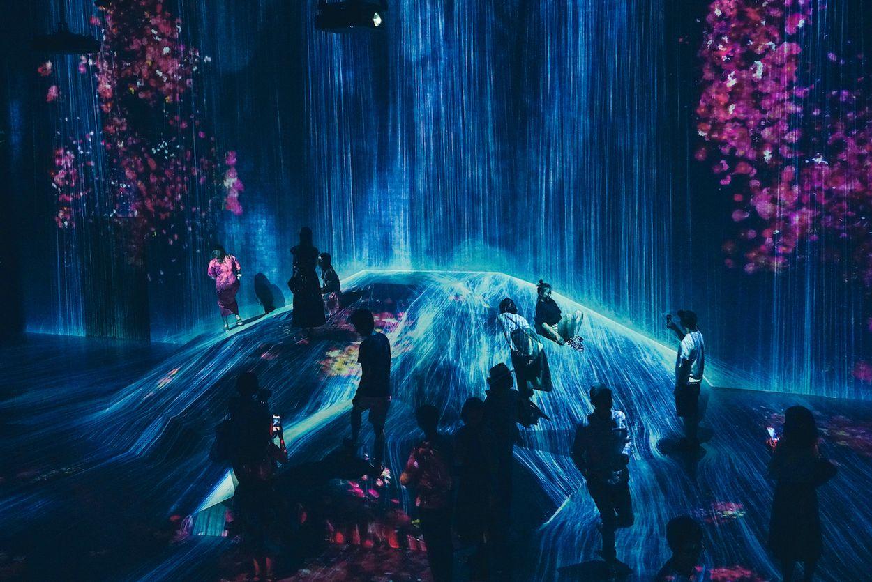 Mori Digital Art Museum door mujiri
