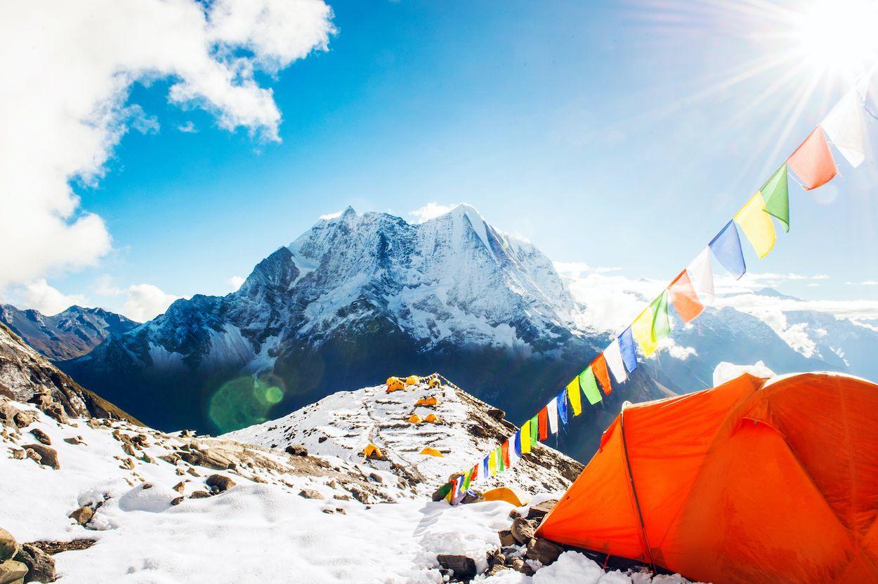 Afbeelding van Nepal opent de Himalaya weer voor bergsporters