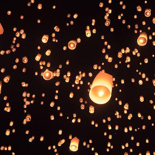 Afbeelding van Loi Krathong, het magische lichtspektakel