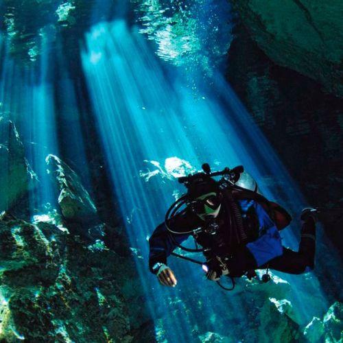 Afbeelding van De onderwatergrotten van Mexico zijn magisch mooi